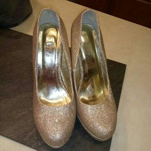 Sparkly Champagne heels